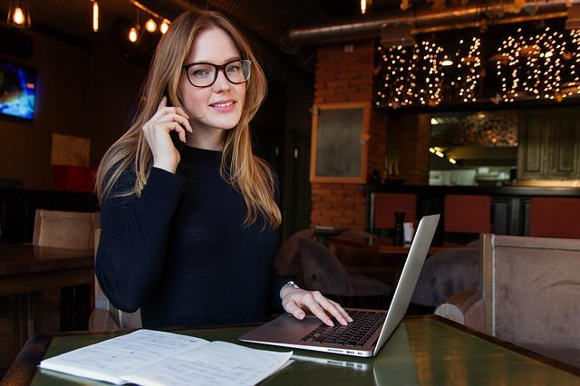 Najlepsze słuchawki call center – czyli jakie?